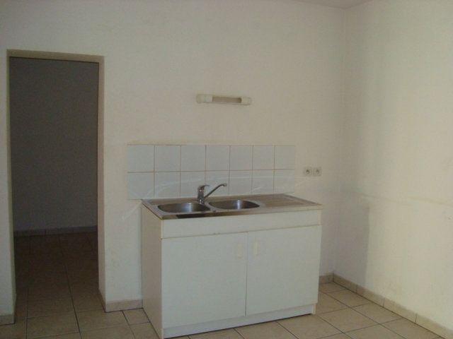 Appartement à louer 1 21.65m2 à Saint-Brès vignette-1