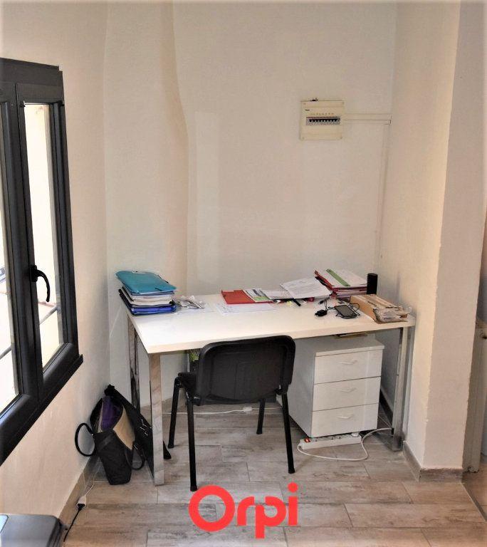 Appartement à vendre 3 77m2 à Calvisson vignette-2