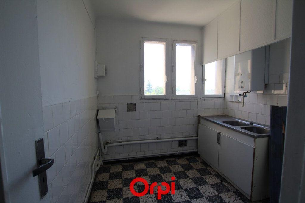 Appartement à vendre 4 68.17m2 à Nîmes vignette-5