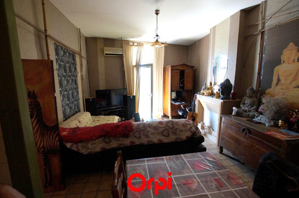 Appartement à vendre 4 96m2 à Vergèze vignette-1