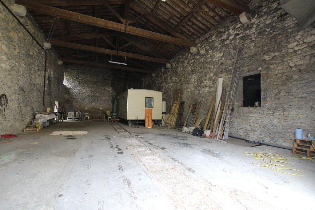 Maison à vendre 1 300m2 à Saint-Nazaire-de-Pézan vignette-5