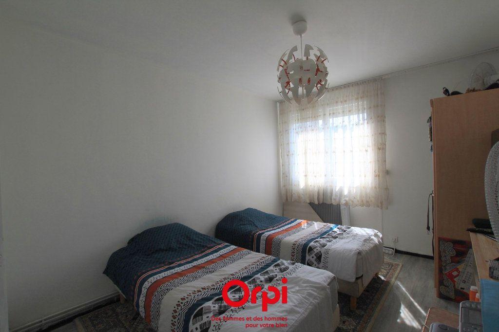Appartement à vendre 4 78m2 à Lunel vignette-6
