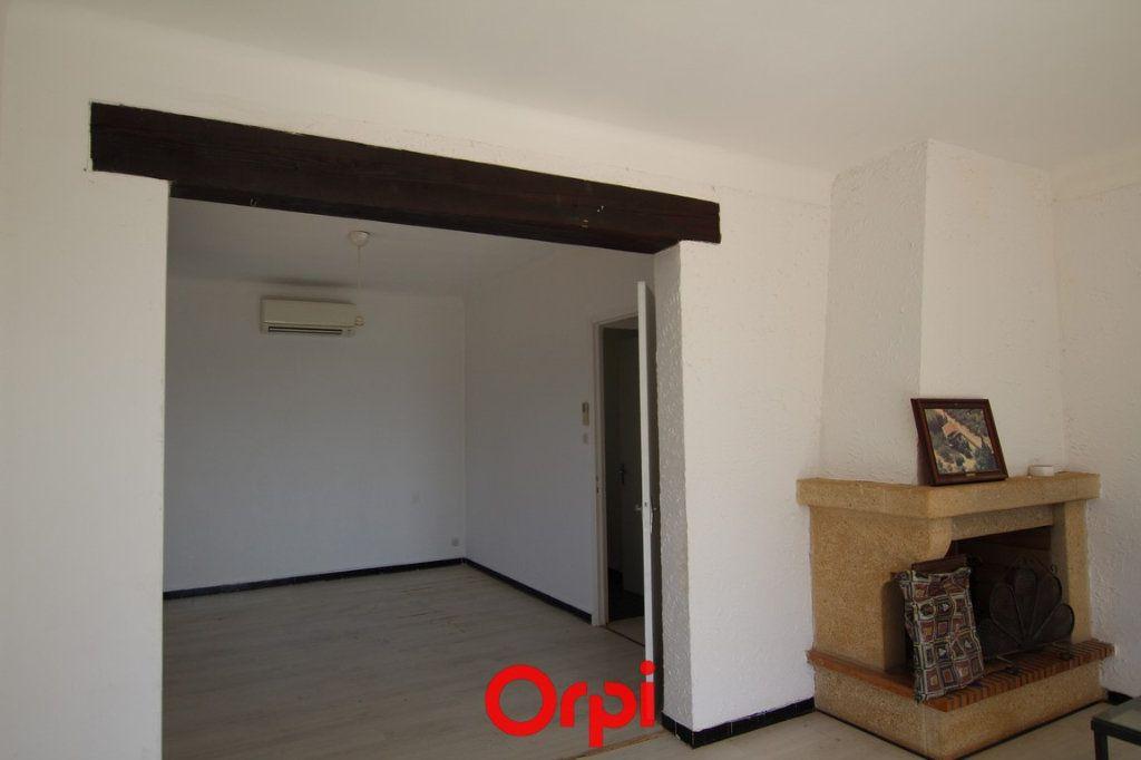 Maison à vendre 3 84m2 à Saint-Gilles vignette-2