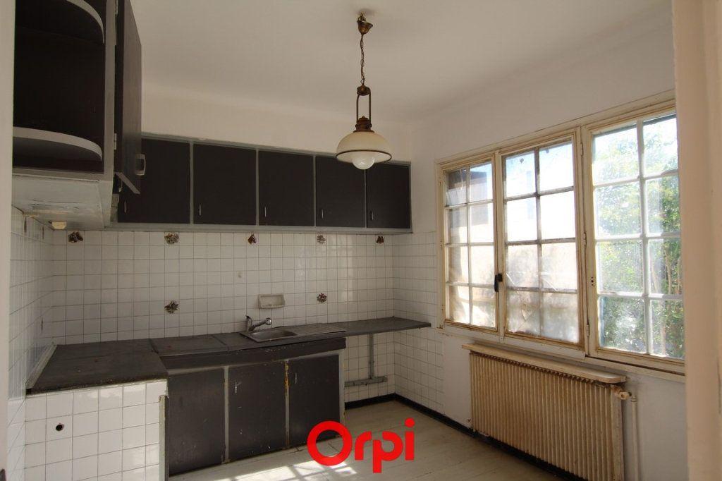Maison à vendre 3 84m2 à Saint-Gilles vignette-4