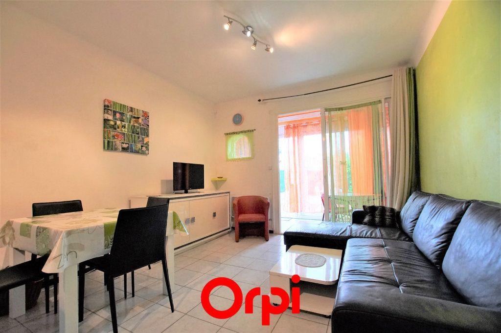 Appartement à vendre 2 38.06m2 à Le Grau-du-Roi vignette-1
