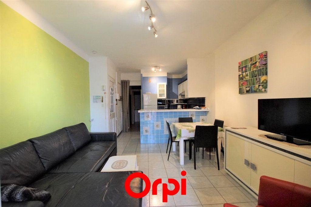 Appartement à vendre 2 38.06m2 à Le Grau-du-Roi vignette-2