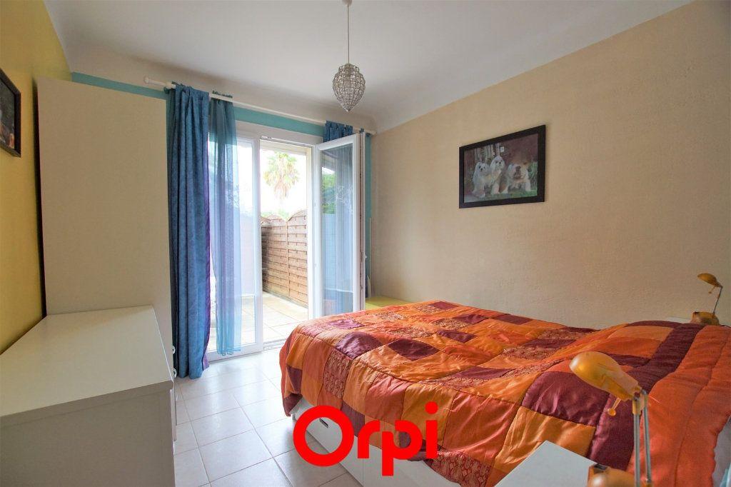 Appartement à vendre 2 38.06m2 à Le Grau-du-Roi vignette-5