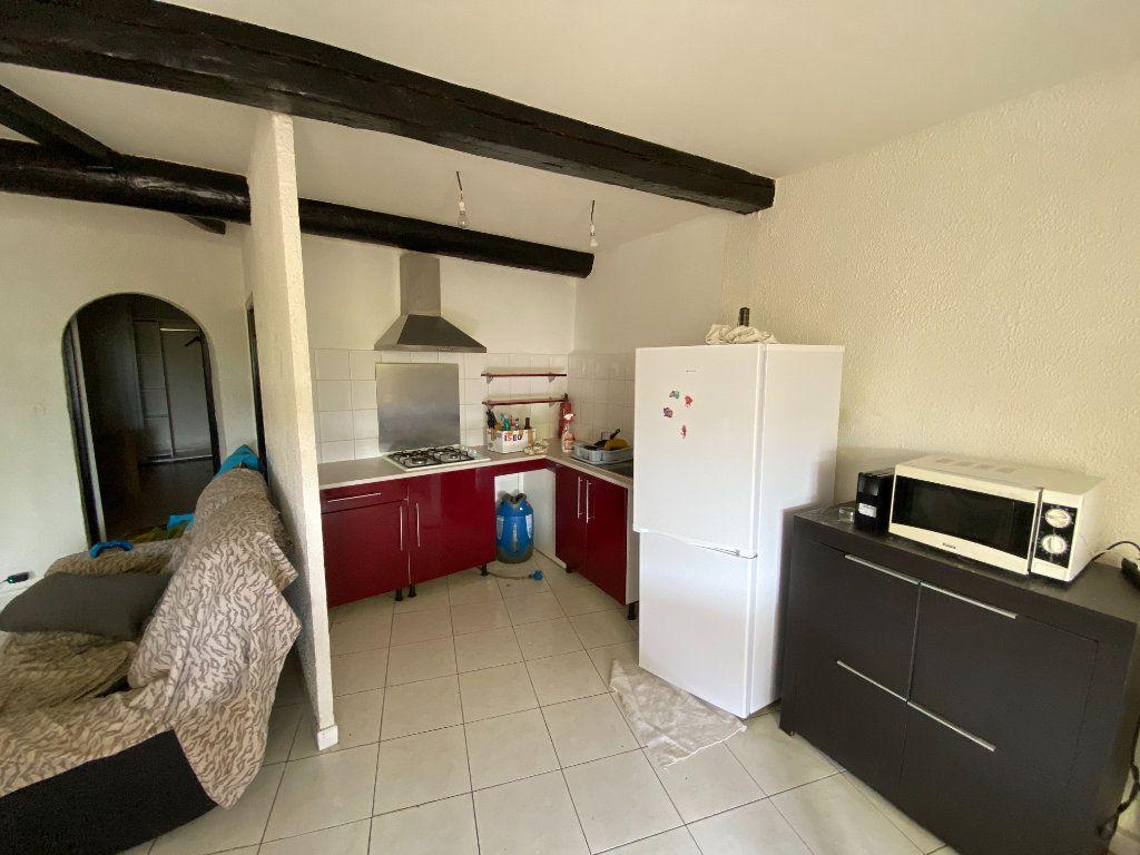 Appartement à louer 2 54.67m2 à Saint-Côme-et-Maruéjols vignette-1