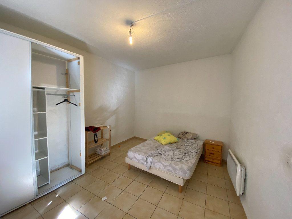 Appartement à louer 2 54.67m2 à Saint-Côme-et-Maruéjols vignette-2