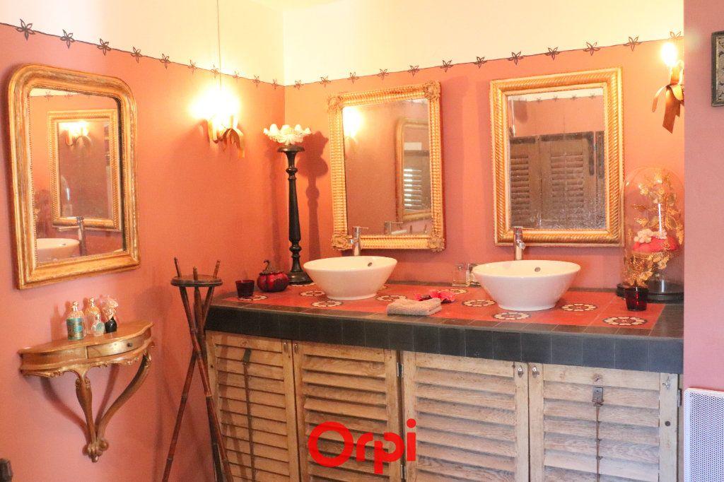 Maison à vendre 5 166m2 à Junas vignette-9