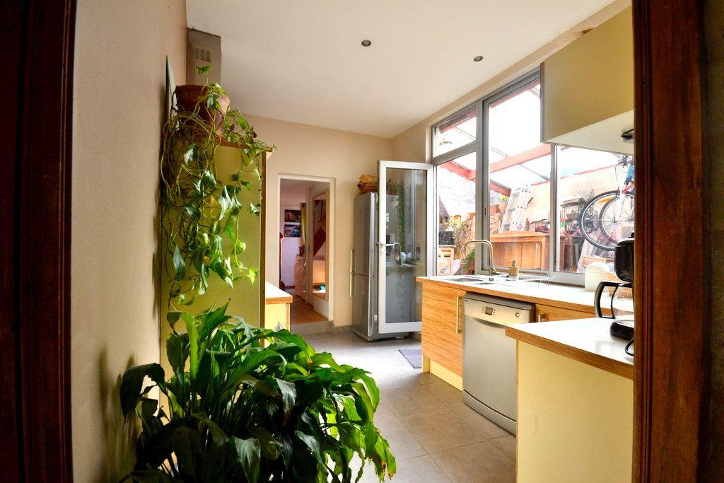Maison à vendre 4 98m2 à Saint-Nazaire-de-Pézan vignette-4