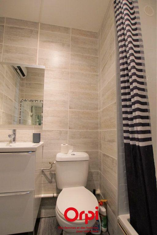 Appartement à vendre 1 18m2 à Le Grau-du-Roi vignette-5