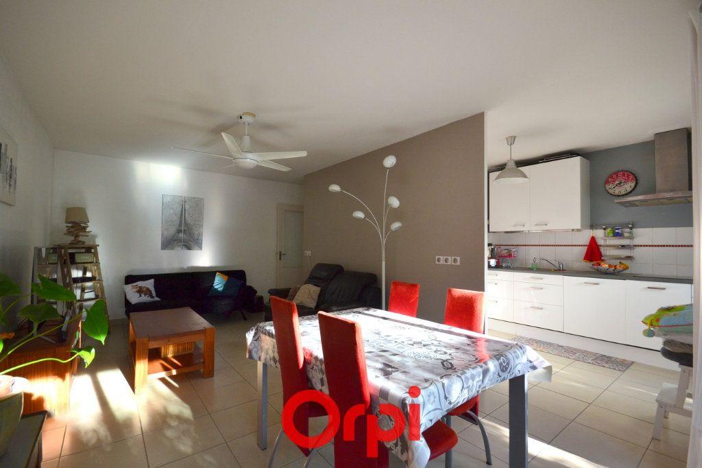 Appartement à vendre 3 69m2 à Le Crès vignette-2