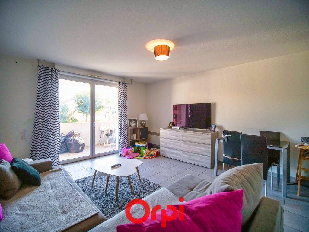 Appartement à vendre 3 66.28m2 à Lunel vignette-3