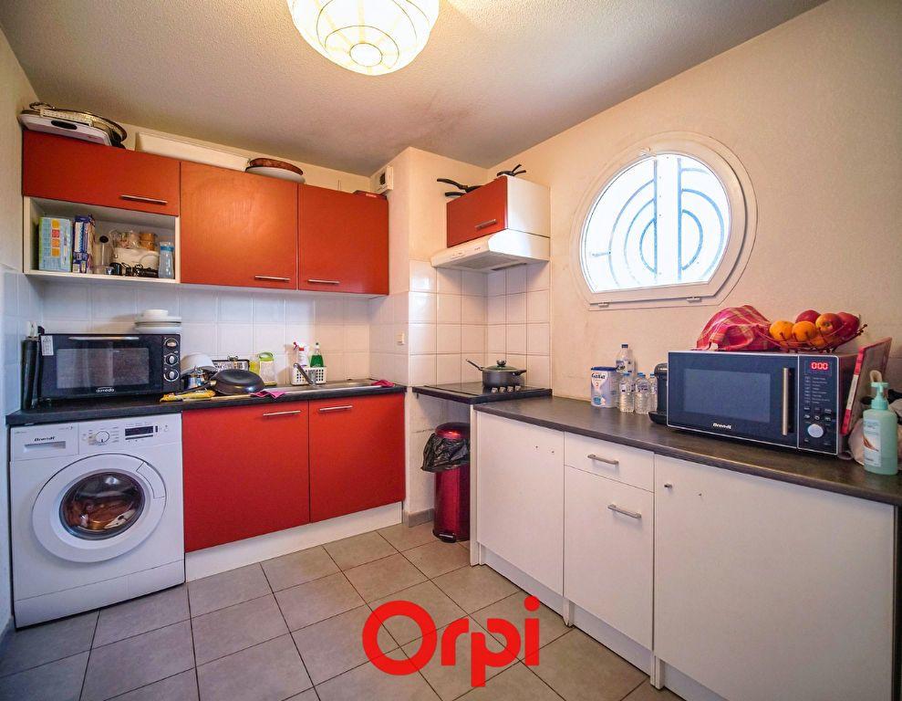 Appartement à vendre 3 66.28m2 à Lunel vignette-4
