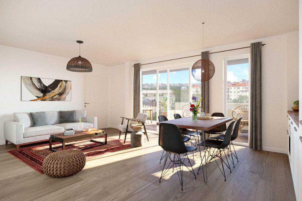 Appartement à vendre 3 61.65m2 à Montpellier vignette-2