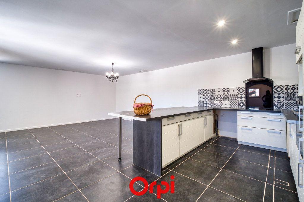 Maison à vendre 4 105.55m2 à Saint-Gilles vignette-3