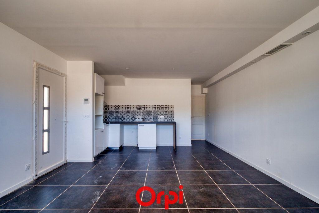 Maison à vendre 4 79.55m2 à Saint-Gilles vignette-2