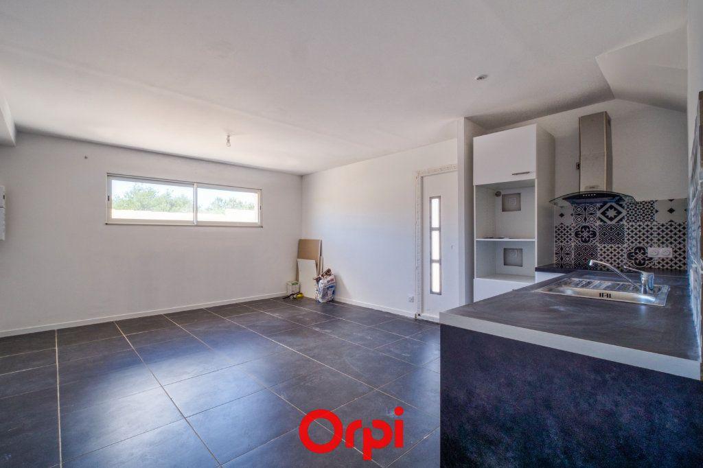 Maison à vendre 4 79.55m2 à Saint-Gilles vignette-3