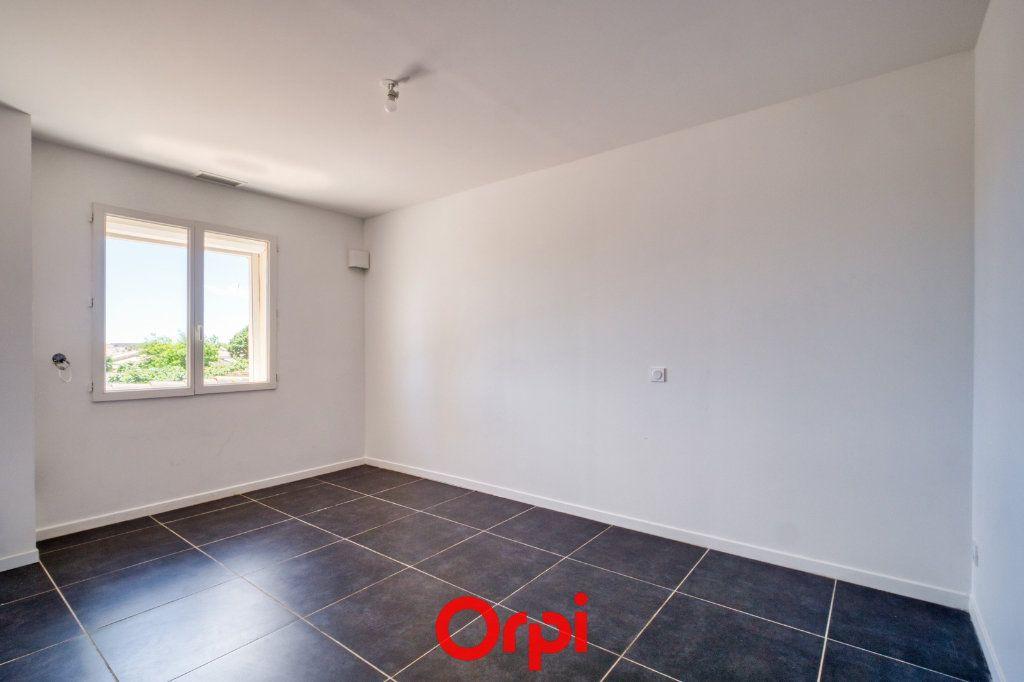 Maison à vendre 4 79.55m2 à Saint-Gilles vignette-4