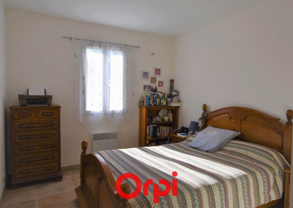 Appartement à vendre 3 57m2 à Saint-Laurent-d'Aigouze vignette-4