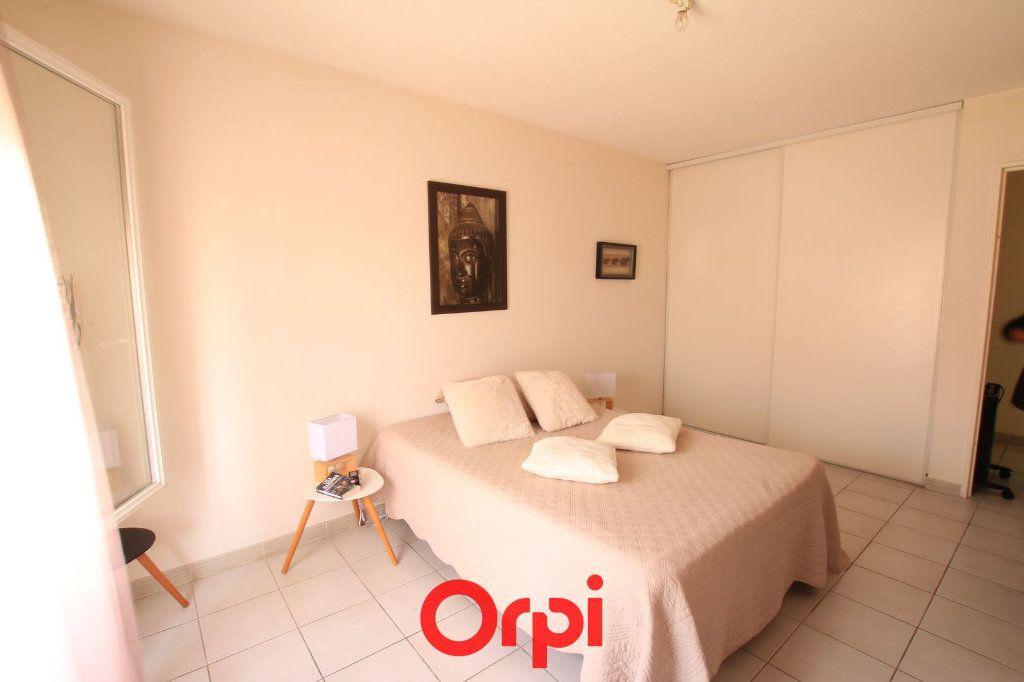 Appartement à vendre 3 63m2 à Lunel vignette-5