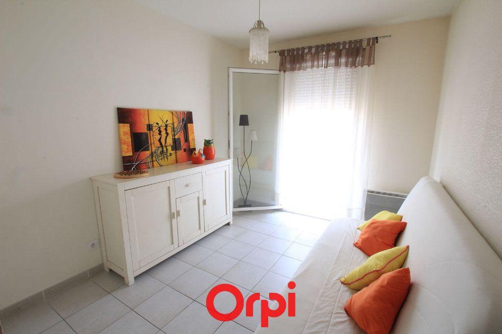 Appartement à vendre 3 63m2 à Lunel vignette-6
