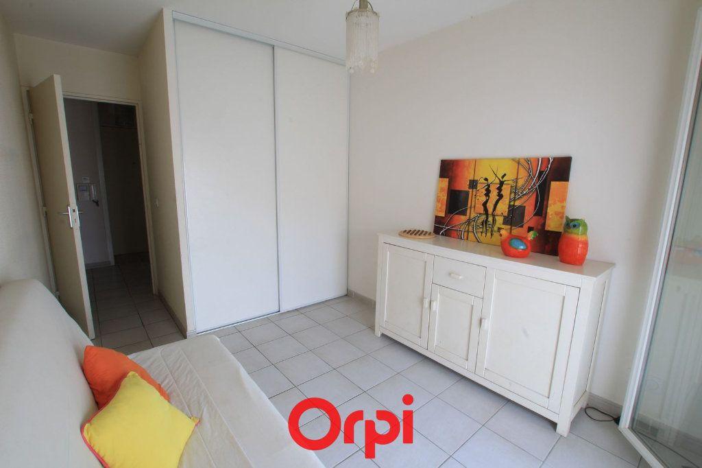 Appartement à vendre 3 63m2 à Lunel vignette-7