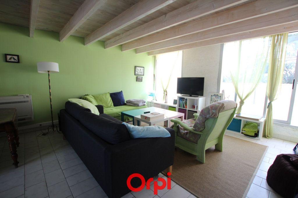 Appartement à vendre 2 58.1m2 à Nîmes vignette-2