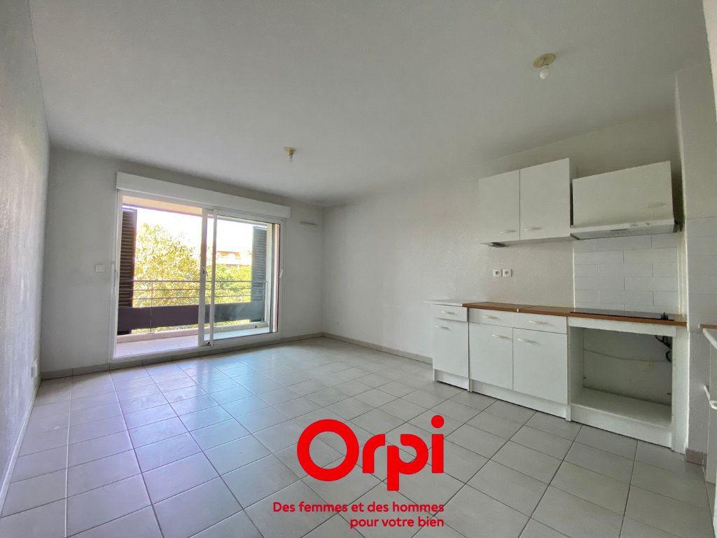 Appartement à vendre 2 43m2 à Nîmes vignette-2