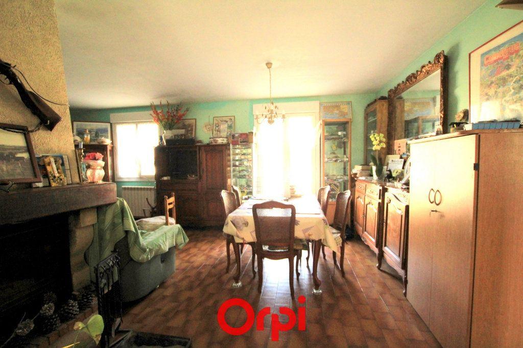 Maison à vendre 5 113.48m2 à Villetelle vignette-3
