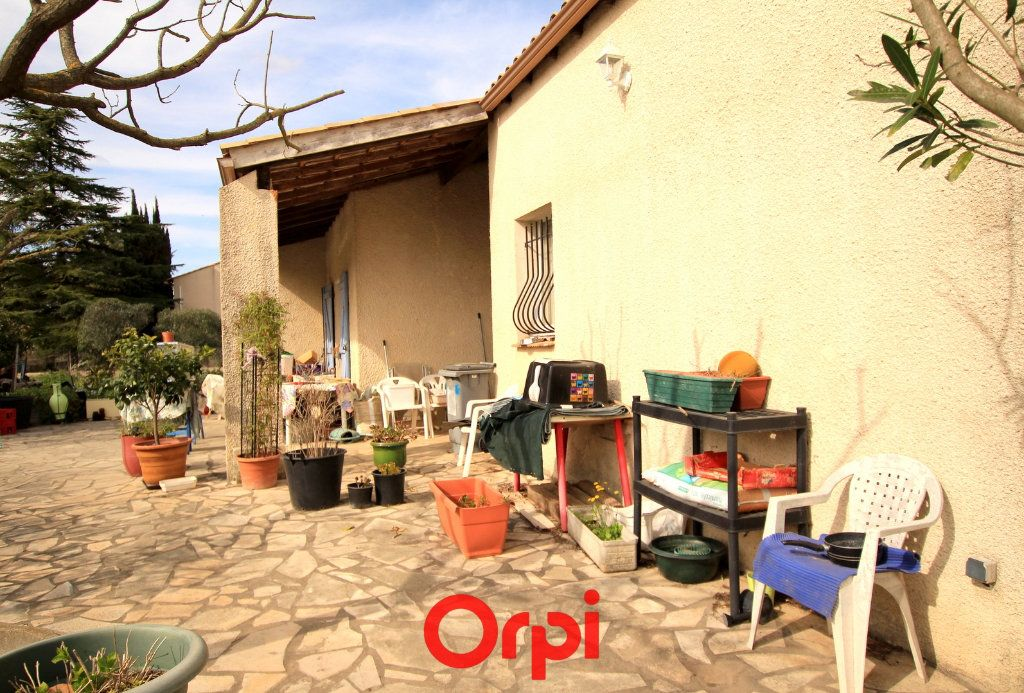 Maison à vendre 5 113.48m2 à Villetelle vignette-4