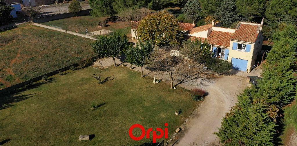 Maison à vendre 4 100m2 à Aimargues vignette-4