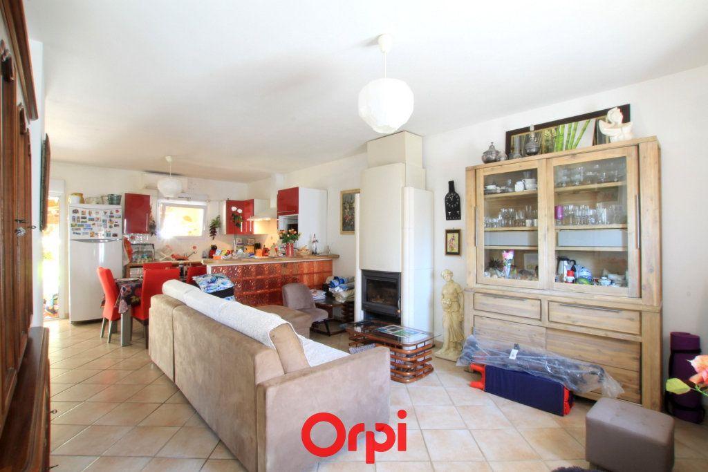 Maison à vendre 3 76m2 à Lunel vignette-3