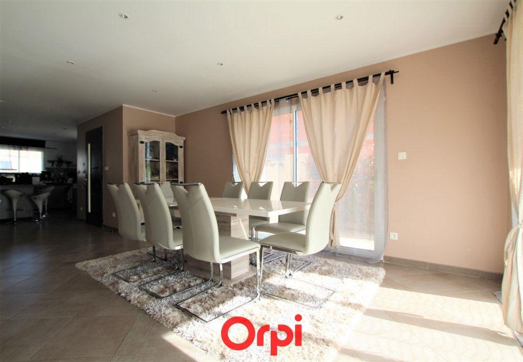 Maison à vendre 5 170m2 à Uzès vignette-2