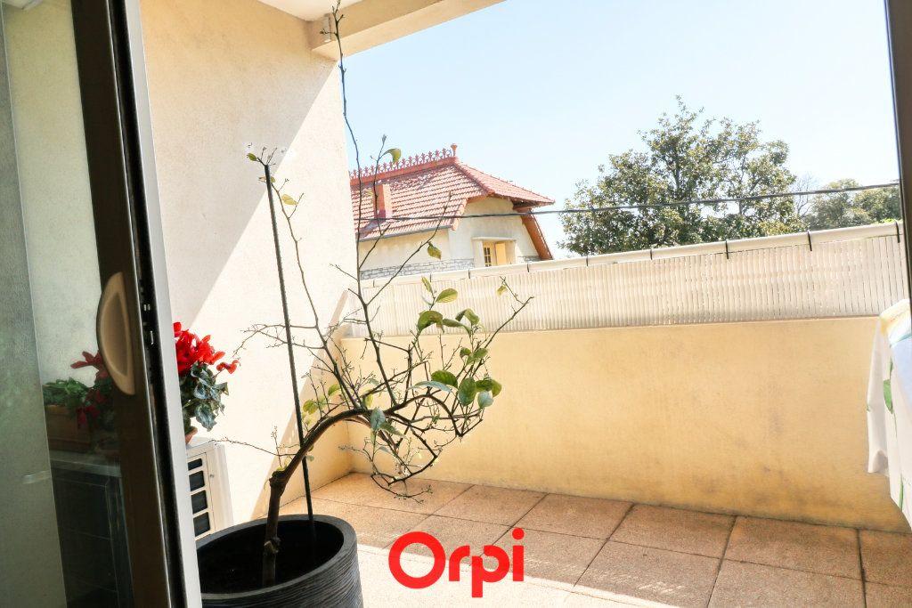 Appartement à vendre 3 62m2 à Nîmes vignette-7