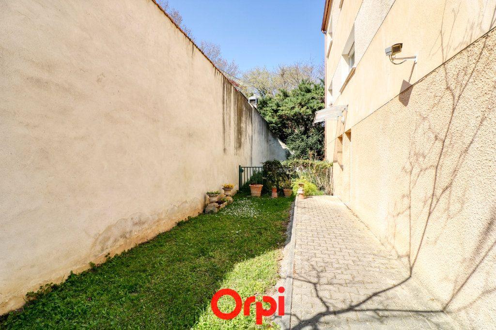 Appartement à vendre 3 62m2 à Nîmes vignette-10