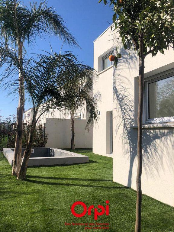 Maison à vendre 6 120m2 à Calvisson vignette-1