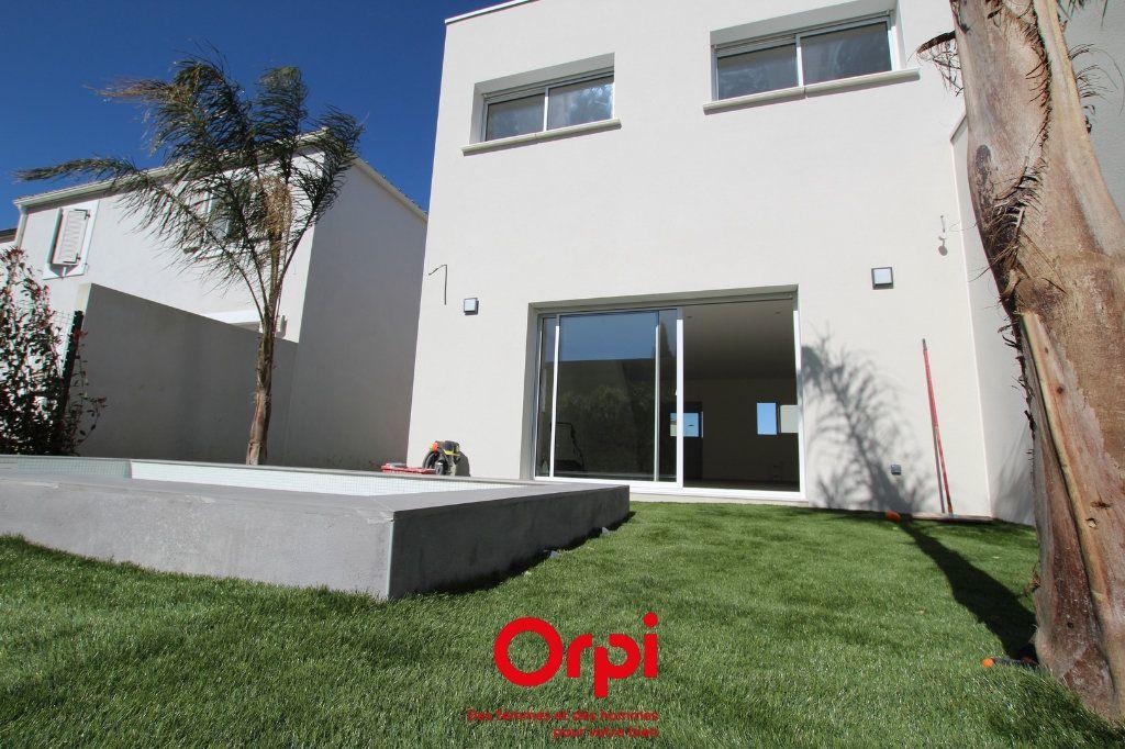 Maison à vendre 6 120m2 à Calvisson vignette-2