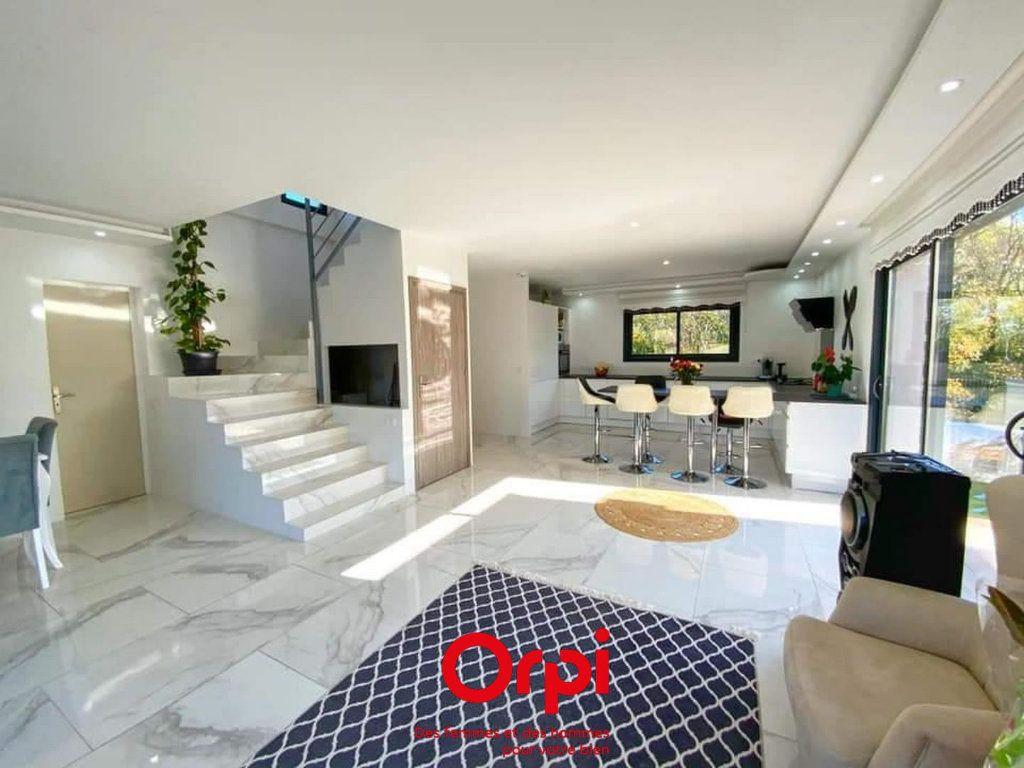 Maison à vendre 5 119m2 à La Calmette vignette-4