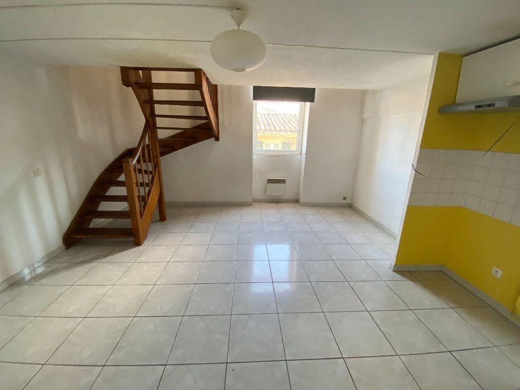 Appartement à vendre 2 46.45m2 à Nîmes vignette-2