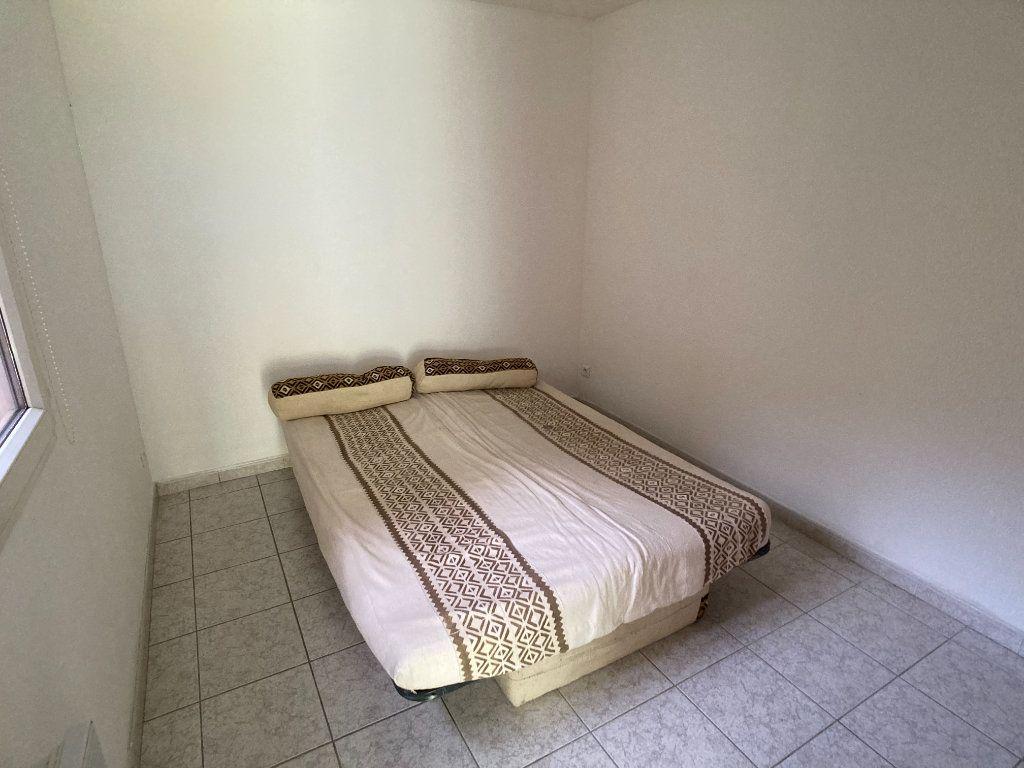 Appartement à louer 2 36.88m2 à Le Grau-du-Roi vignette-2