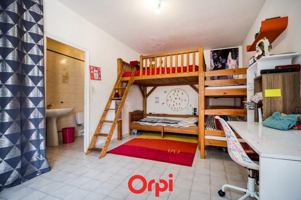 Appartement à vendre 5 165m2 à Nîmes vignette-5