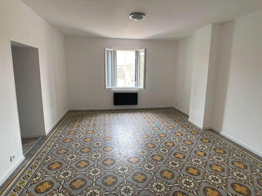 Appartement à louer 2 42.35m2 à Lunel vignette-1