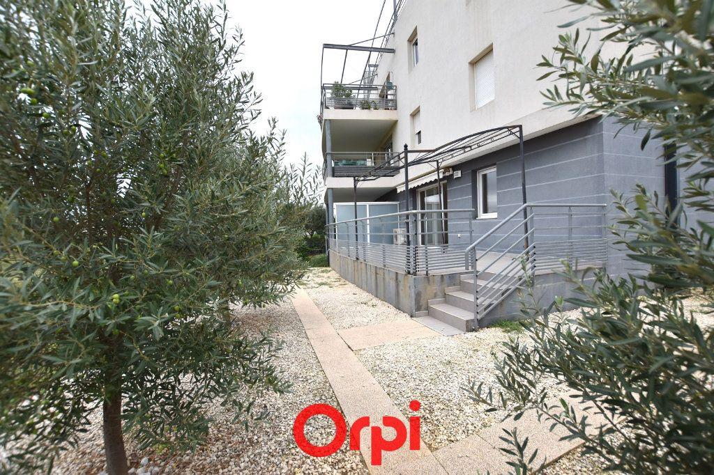 Appartement à vendre 3 65.48m2 à Aimargues vignette-8