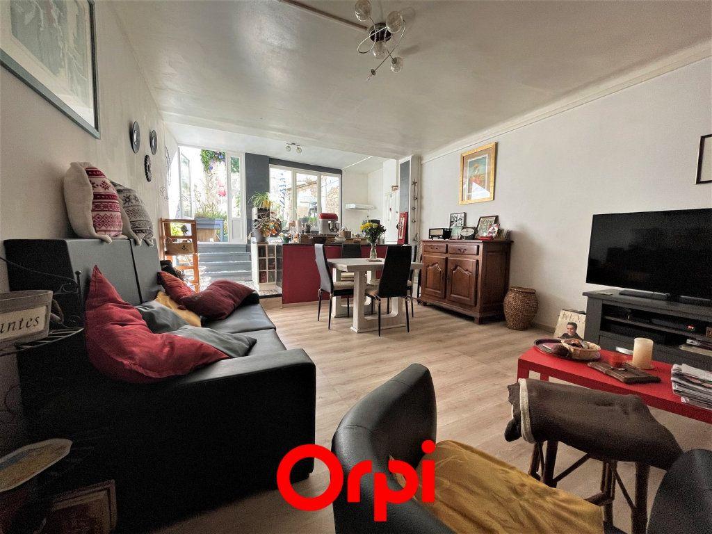 Maison à vendre 4 110m2 à Vauvert vignette-1