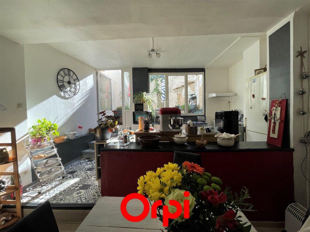 Maison à vendre 4 110m2 à Vauvert vignette-8
