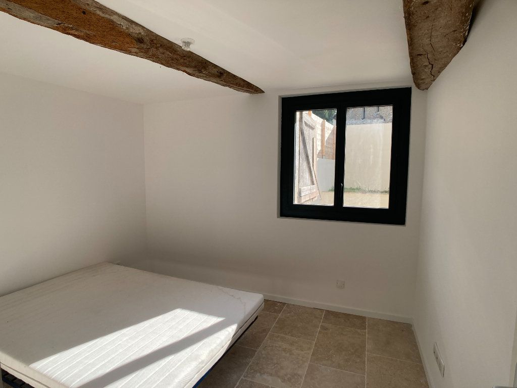 Appartement à louer 3 67.37m2 à Saussines vignette-5
