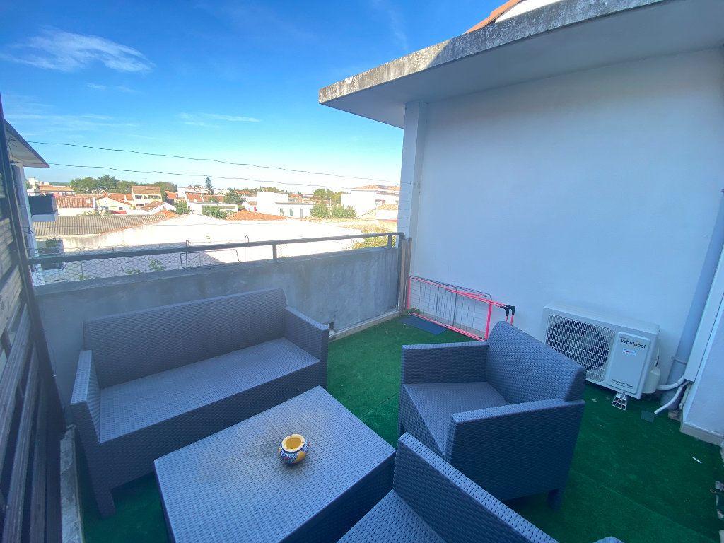 Appartement à louer 2 41.03m2 à Lunel vignette-3
