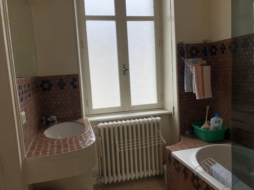 Maison à louer 6 142.36m2 à Limoges vignette-4